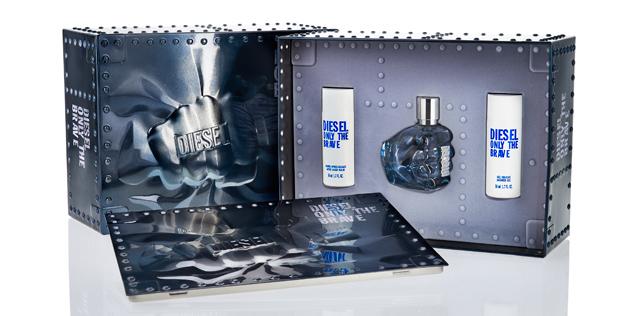 <p>Este packaging de regalo metalizado es el resultado de una serie de retos conseguidos por <strong>Cosfibel Premium</strong>. </p>