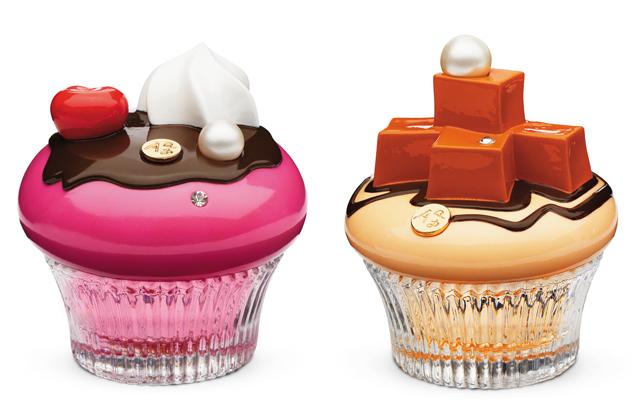 <p>Los divertidos perfumes de Alice & Peter llegan a España de la mano de Bomonde. Estos Eau de Parfum se presentan en frascos con forma de cupcake. Los diseños únicos