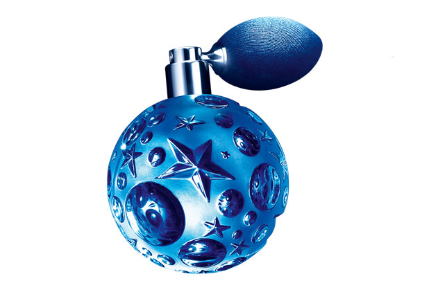 <p>La gama Angel de <strong>Mugler</strong> se amplía con un perfume oriental llamado <strong>Angel Étoile des Rêves</strong>. <br /><br />Para este nuevo Eau de Parfum