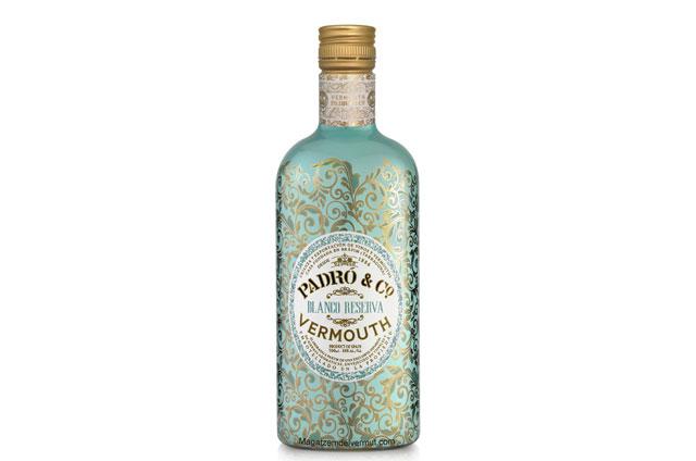 """<p><a href=""""http://www.ipe-innovaciones.com/""""><strong>IPE</strong> </a>ha """"vestido"""" con un elegante y sofisticado sleeve una nueva familia de vermouths premium. <br /><br />El <strong>Vermouth Padró & Co. Blanco Reserva</strong> es un Blanco Reserva de la nueva marca de la bodega de Bràfim"""