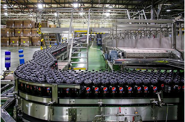 PepsiCo lanza en España en 2021 toda su gama Pepsi en botellas 100 % de plástico reciclado