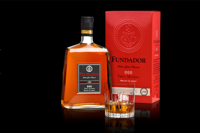 Fundador Triple Madera actualiza su imagen con un packaging más premium