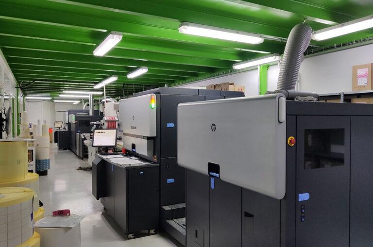 EADEC instala uma segunda impressora digital Indigo WS6800