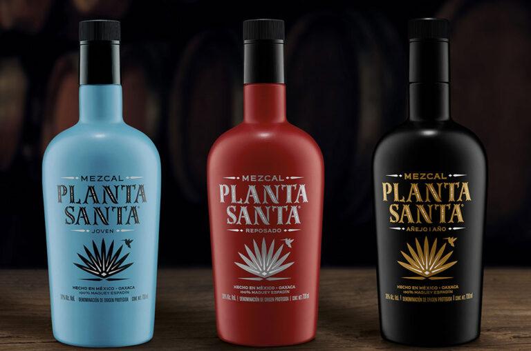 La Bendita Agencia diseña el nuevo packaging del mezcal Planta Santa
