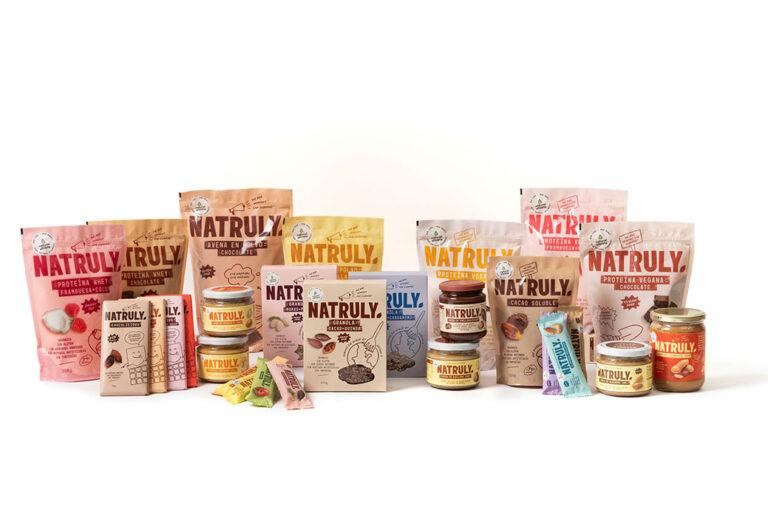 La marca Natruly llega a los centros del Grupo DinoSol