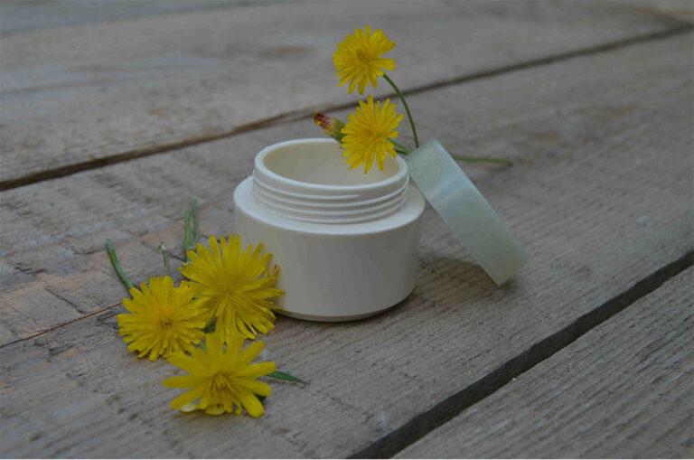 水溶性,可生物降解和环保的化妆品包装