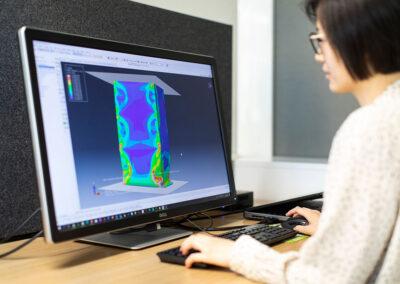 用于开发安全药品包装的 Metsä Board 模拟和测试服务