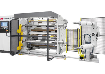 Comexi alcanza la venta 150 de la cortadora de torreta compacta S2 DT