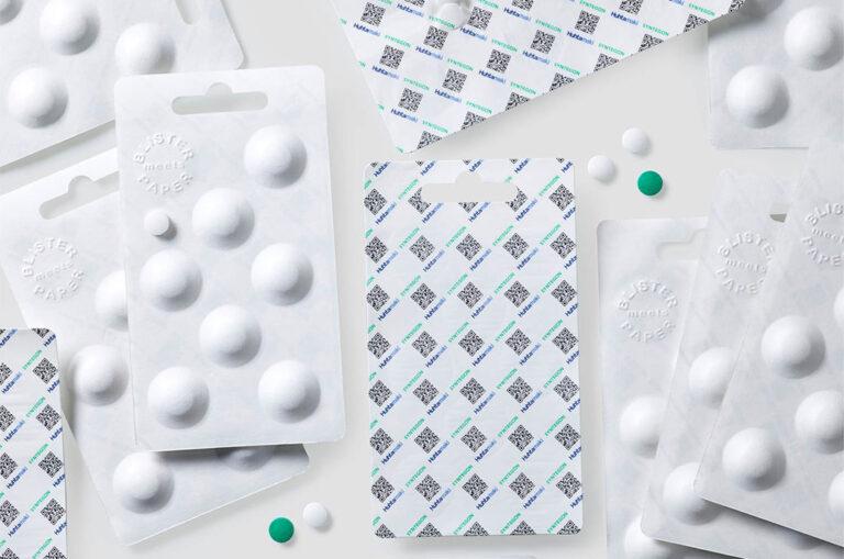 Huhtamaki lanza Push Tab®, un blíster de papel sostenible