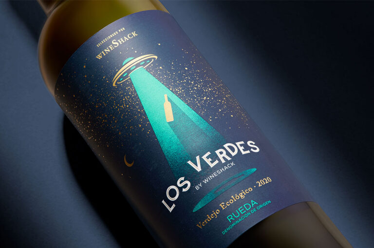 Un packaging de inspiración «marciana» para el vino Los Verdes
