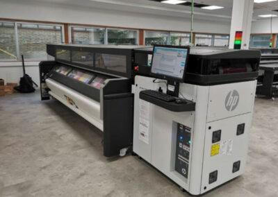 惠普将大幅面打印机固件带到莱昂
