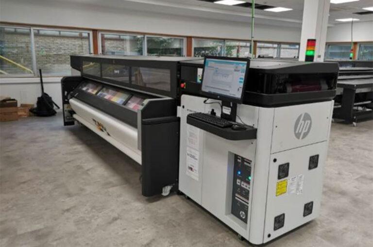 HP lleva a León el firmware para impresoras de gran formato