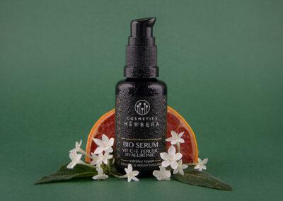 化妆品 Herbera 致力于更可持续的包装