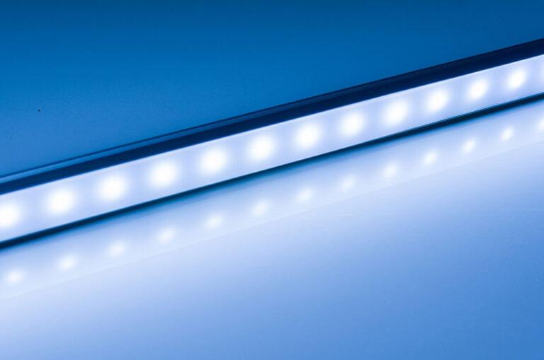 DuPont ™ Cyrel® Solutions présente Cyrel® Lightning UV-LED