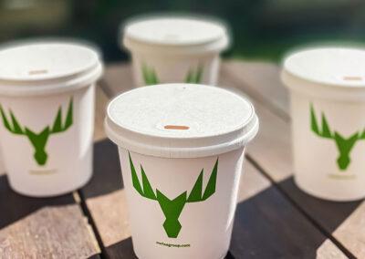 Paper Lid CompanyとMetsäBoardは、リサイクル可能な段ボール製のカップ蓋を提供します