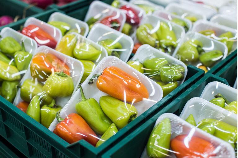 L'Espagne va interdire la vente de fruits et légumes dans des contenants en plastique